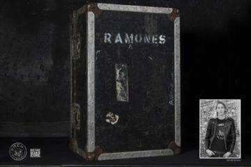 """FLO HAYLER mit """"Ramones - Eine Lebensgeschichte"""" auf Lesereise"""