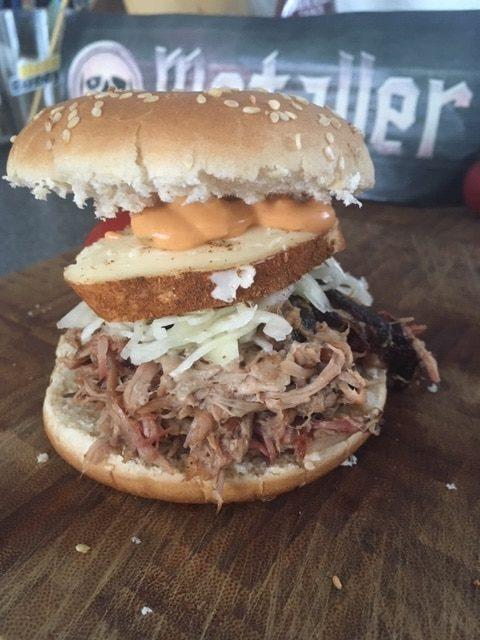 Pulled Pork im Burger