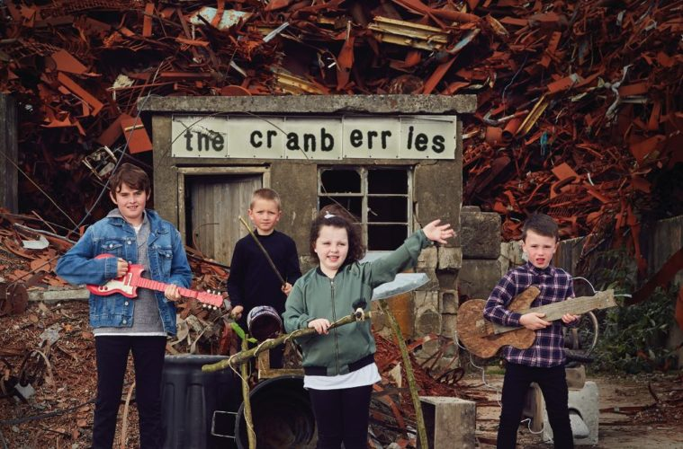 "THE CRANBERRIES Video ""All Over Now"" zum Abschiedsalbum ""In The End"""