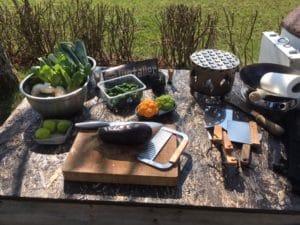 Grillvorbereitung: Zutaten und Werkzeug