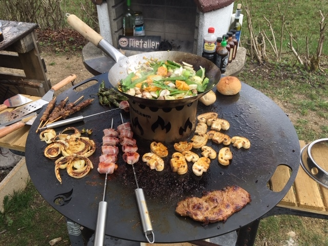 Teppanyaki - Kochen auf Stahlplatte