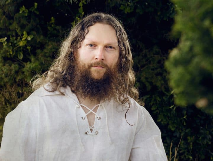 Mikael Lundt - Der Fantasy-Autor, Metaller und Schlagzeuger