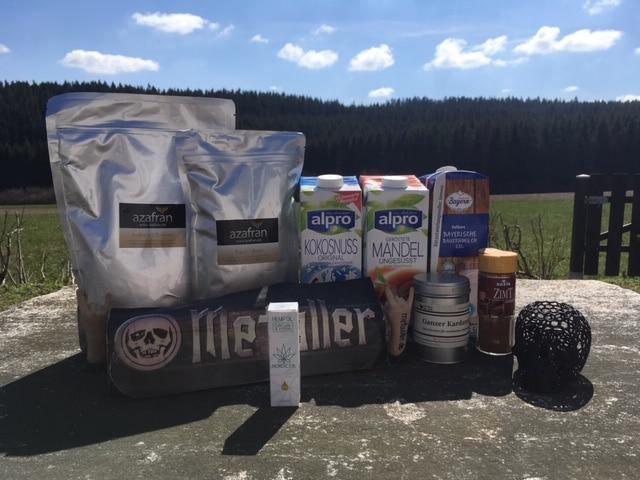 Moon Milk Rezept mit 15% CBD-Öl mit Kurkumin und Piperin von NordicOil