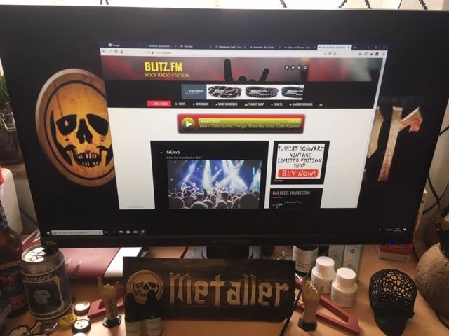 Blitz.fm - Das Radio für HeavyMetal- und Rockfans