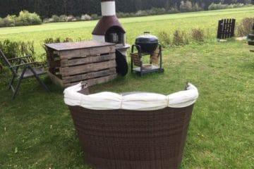 Die richtigen Gartenmöbel für den Grillplatz finden