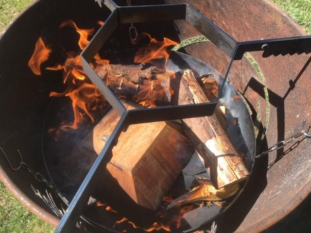 Feuerbox und Abstandhalter